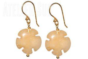 Handgemaakte goud op Sterling oorstekers met Citrien edelstenen in bloemvorm
