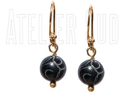Nina Zwarte Onyx handgemaakte oorbellen met edelstenen