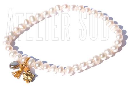 Handgemaakte armband van gekweekte pareltjes