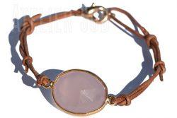 Handgemaakte verstelbare leren armband met een roze Chalcedoon edelsteen in goud op Sterling zilveren zeting