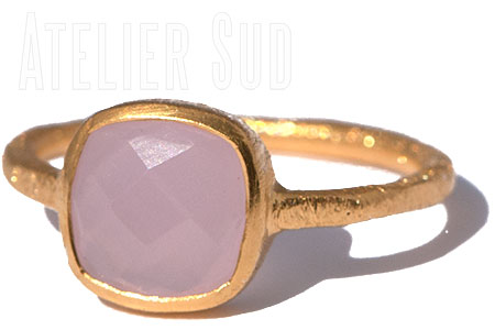 Carre Pink Chalcedoon Ring