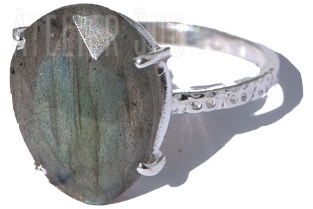 Pedra Labradoriet ring