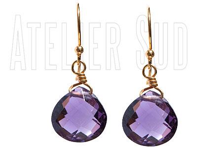 Handgemaakte 18 karaats goud op Sterling zilveren oorbellen met een facet geslepen Purple Kwarts halfedelstenen.